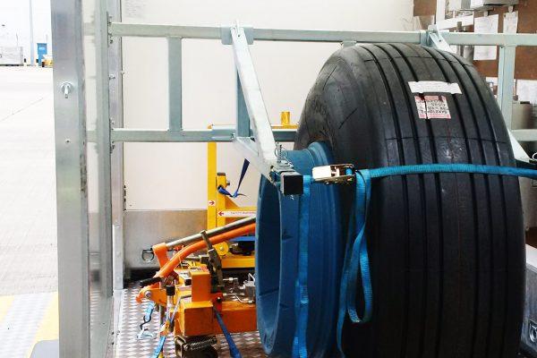 Aircraft Wheel & Brake Service Trailer