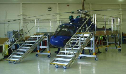 Variable Height Helicopter Rotor Access Platform