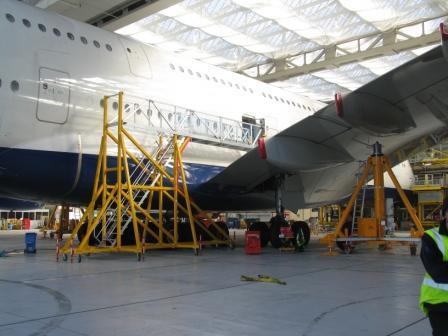 Fixed Height Over Wing Door 3 Access Platform