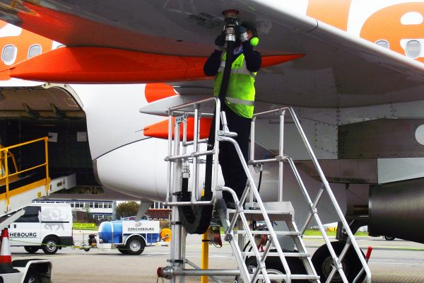 Variable Height Refuelling Steps