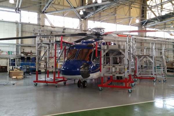 Variable Height Helicopter Docking System for Sikorsky S-92 / AW139