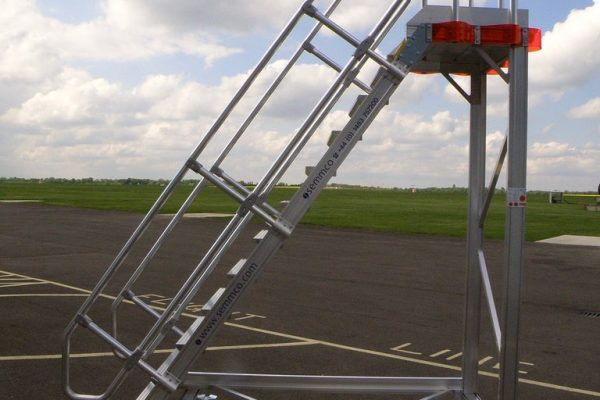 Fixed Height Helicopter Tail Working Platform