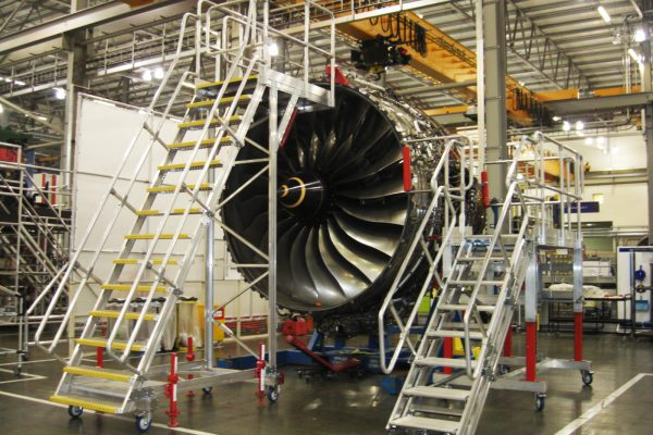 Fixed Height Engine Build & Strip Platform 3.5m