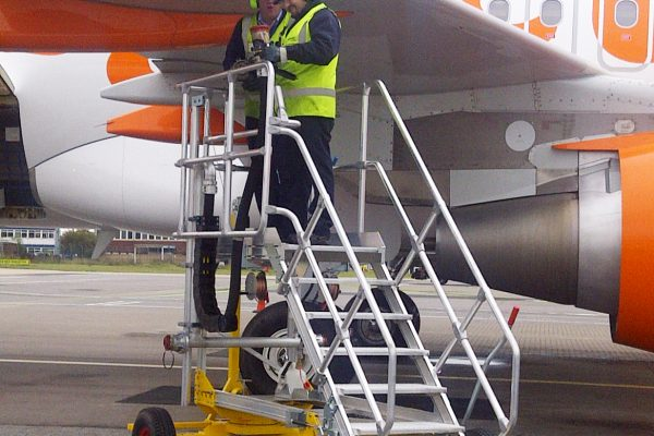 Fixed Height Refuelling Access Platform H1.65m (towable)