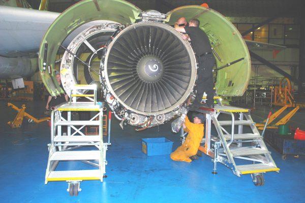 A320 Fan Cowl Access Platform H1.1m