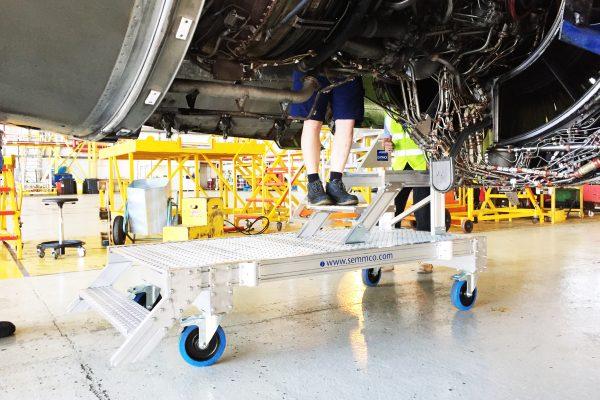 A320 Core Cowl Access Platform H1.1m