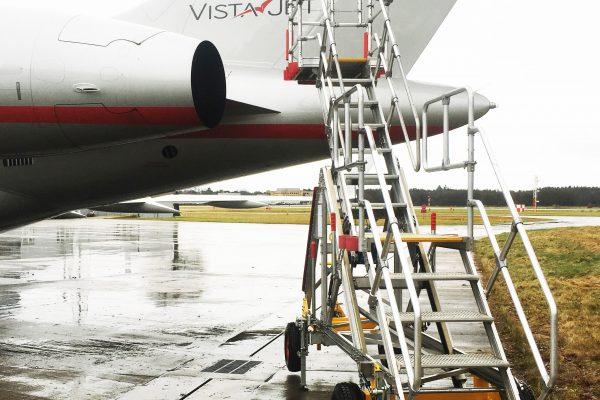 Variable Height UCAS Wide Access Platform 2.2 – 3.2m (towable)