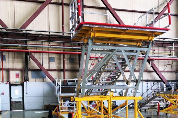 Variable Height Platform for PAX Door | 3.75m – 5.65m | W3.0m | Sliding side rails