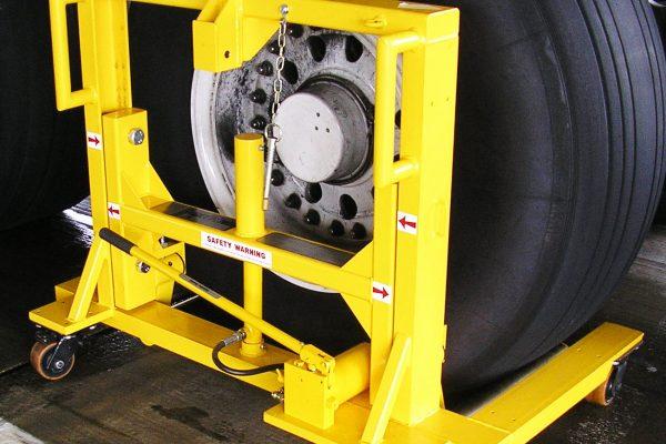 Wheel & Brake Changer