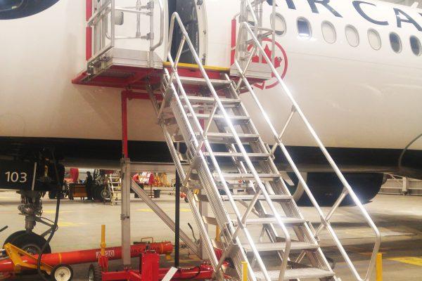 Variable Height Maintenance Platform PAX Door H1.9m-3.25m